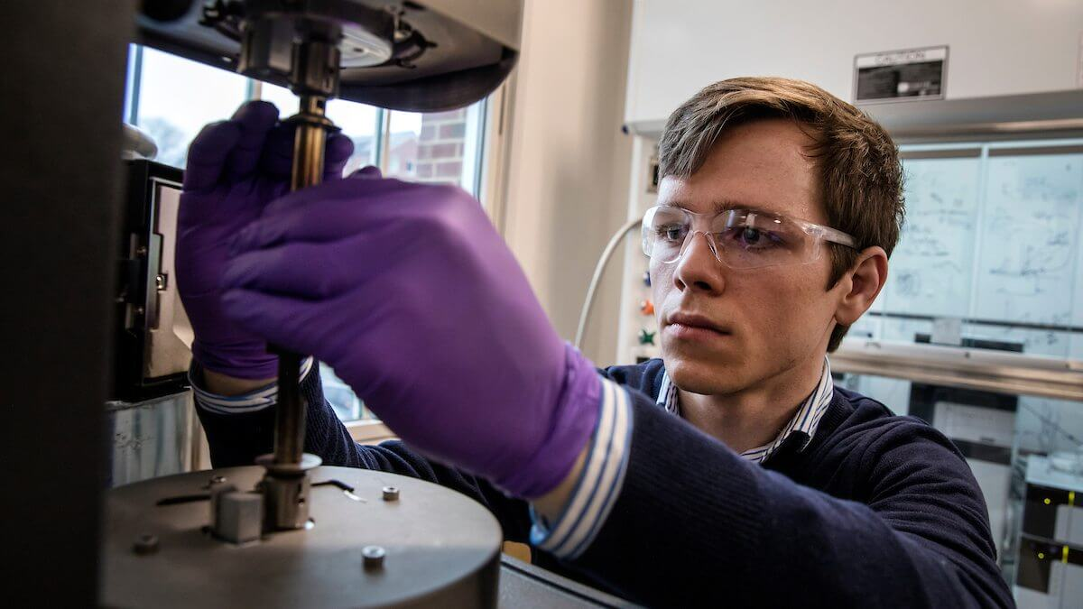 Graduate student researching new materials that can withstand extreme temperatures